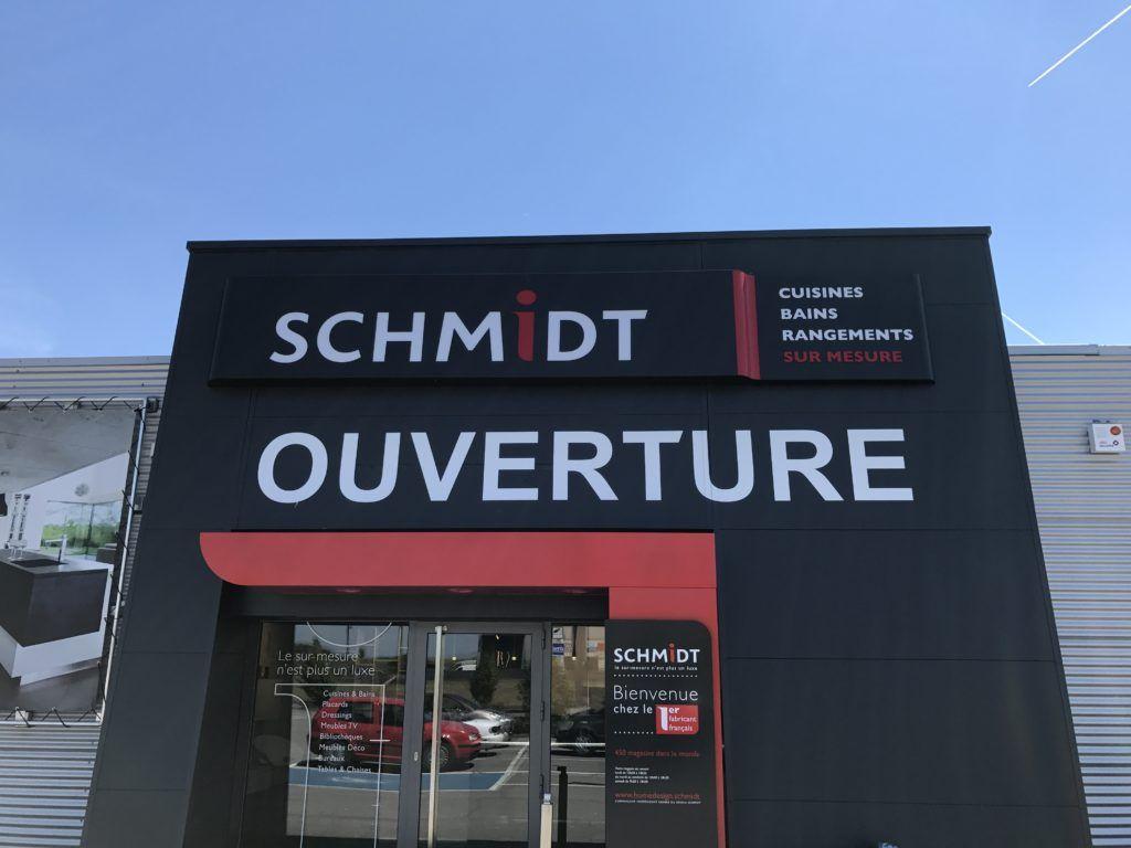 Lettrage vitrine Schmidt Marche-en-Famenne et Messancy