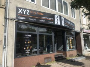 Panneau aluminium - XYZ salon